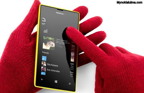 Nokia Lumia 520 gloves