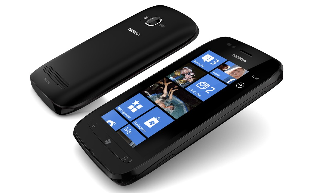 Nokia Lumia 710 Smartphone Reviews Praise Solid Battery Performance but Criticized the Absence of the Expandable Memory