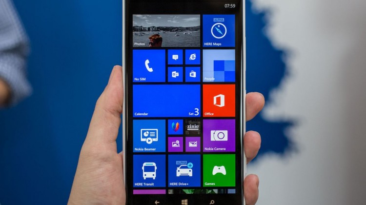 Lumia 1520 Phone Review - Powerful Camera, Sharp Display and Sturdy Design