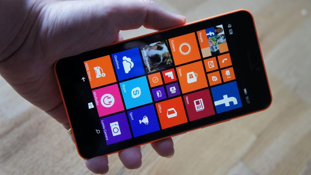 Nokia Lumia 640 XL Review - Display